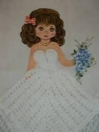 Resultado de imagem para croche vestido boneca pano de prato Crochet Doll Dress, Crochet Skirts, Crochet Doll Pattern, Crochet Clothes, Thread Crochet, Crochet Crafts, Confection Au Crochet, Crochet Kitchen, Coloring For Kids