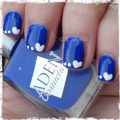 Colaboración Tokedecolor.com Aden 188 Bounty-->2 Euros Easy París 48 Web: http://www.tokedecolor.com/ Facebook: https://www.facebook.com/pages/Tokedecolorcom/105762219473426 Twitter: https://twitter.com/Tokedecolor #tokedecolor #aden #nails #polish #notd #manicure #nailart #blue #white #dots #easyparis #heart