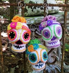 Sugar Skull CROCHET PATTERN Amigurumi Day.2015 Halloween crochet