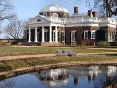 Neo-Classical Architecture - Thomas Jeffersons House