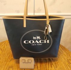 Coach Navy Horse & Carriage Safiano Leather Tote 31315+Safiano Bow Wallet 51671  on eBay #guysbizgiftworld