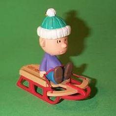 Peanuts Gang #3 - Linus - 1995 Hallmark Ornament