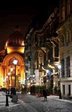 Bucharest, Romania streets at night. Bucharest Romania, Urban Landscape, City Streets, Capital City, The Good Place, Palace, Europe, World, Beautiful