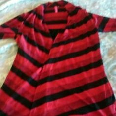 Cute & flirty dress top (make an offer) This red and black striped top comes with a solid black tank top underneath it that is attached. Worn once soft and silky as well as stretchy material no imperfections. Can fit S-M HeartSoul Tops Blouses