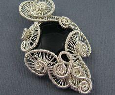 Carnival Pendant - Wire Jewelry Tutorial