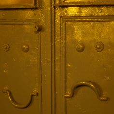 Faces in places by cubilone