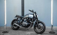 LFA KAWASAKI B FACEBOOK Moto Cafe, Cafe Racer Motorcycle, Kawasaki Cafe Racer, Xjr, Bike Shed, Super Bikes, Premium Wordpress Themes, Ducati, Yamaha