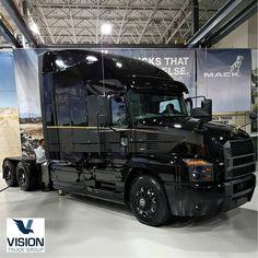 "VOLVO VNL 860 on Instagram: ""❤👌@visiontruckgroup"" Mercedes Benz Trucks, Volvo Trucks, Mack Trucks, Big Rig Trucks, Semi Trucks, Cool Trucks, Pickup Trucks, Peterbilt, Freightliner Trucks"