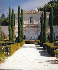 Louis XV hunting lodge not far from Aix en Provence