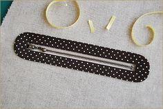 postup šití zipové kapsy v kabelce - líbí se mi hlavně efektní rámeček kolem zipu