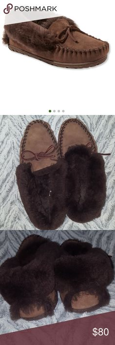 WICKED GOOD SHEEPSKIN MOCCASINS L.L.BEAN NEW CHOCOLATE BROWN...New without tags size ladies 9. We've added more cushioning comfort, a better fit and a thermoplastic rubber outsole to make our popular women's furry slippers even cozier.  Construction  Made with superior sheepskin.Naturally warm premium shearling lining draws moisture away from feet.Genuine lamb fur is dyed and treated.Durable outsole for added traction.Imported (fur Australia). L.L. Bean Shoes Moccasins