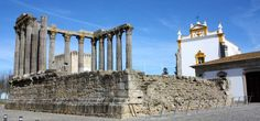 Evora Portugal - The Diana Roman Temple Lisbon Guide, European Tribes, Portugal Tourism, Day Trips From Lisbon, Medieval Tower, Beau Site, Beaux Villages, Tourist Information, 11th Century