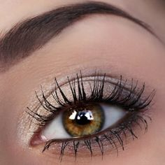 Agnieszka S wows us with her lashes. Check out the mascara she used for this look! Gold Christmas