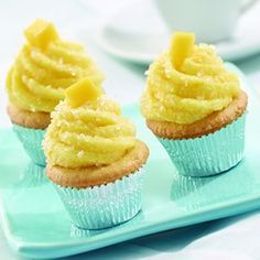 Recipe for Mini Vanilla Cupcakes with Mango Buttercream