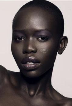 black women models over 50 Photo Black, Beautiful Black Women, Beautiful Eyes, Beautiful People, Beautiful Pictures, African Beauty, Female Models, Women Models, Model Photos