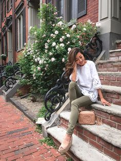 white eyelet tunic top + olive jeans + gucci soho disco bag // Boston summer casual style