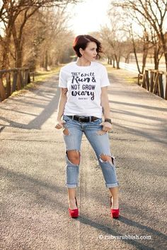 They Will Run and not Grow Weary - Christian T-Shirt – Ruby's Rubbish Wholesale