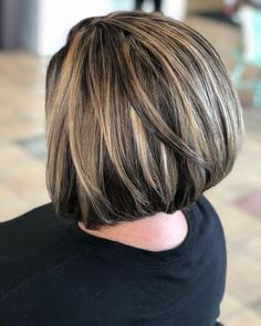 Top 9 Black Hair with Blonde Highlights Ideas in 2020 Brown Hair With Silver Highlights, Black Hair With Blonde Highlights, Blonde Highlights On Dark Hair, Brown Blonde Hair, Bob With Highlights, Chunky Highlights, Caramel Highlights, Dark Hair Bobs, Dark Blonde Bobs
