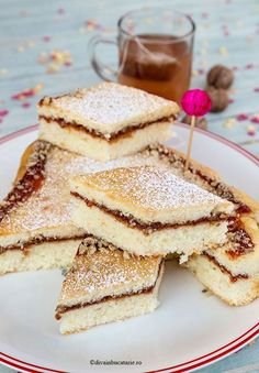 PRAJITURA TURNATA CU GEM SI NUCI   Diva in bucatarie Romanian Desserts, Romanian Food, Cooking Bread, Fudge, Bakery, Sweet Treats, Deserts, Food And Drink, Sweets