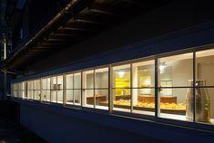 インテリア / ベーカリー / 古民家改装 / ファサード / 水平連続窓 interior / bakery / renovation of old house / facade window