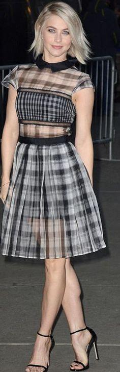 Julianne Hough: Dress – Self Portrait Shoes – Stuart Weitzman earrings – Eva Fehren