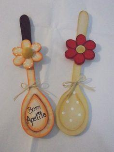 Colher de pau decorada 004