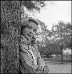 blockmagazine:  Lauren Bacall by Philippe Halsman, 1944