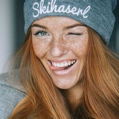 Red freckles Freckles Redheads freckles Beautiful freckles Redhead beauty R Red Hair Freckles, Redheads Freckles, Freckles Girl, Beautiful Freckles, Stunning Redhead, Fotografie Portraits, Photography Portraits, Street Photography, Landscape Photography