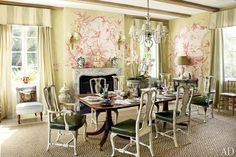 Room of the Day ~ Chinoiserie scenes by French artist Jean-Baptiste Pillement inspired murals in the dining room, striped drapes, painted leather chairs - original dining room by Nancy Morton and F. in Boca Grande, FL Architectural Digest, Florida Villas, Florida Home, Luxury Dining Room, Dining Rooms, Dining Area, Pastel Room, Enchanted Home, Interior Decorating