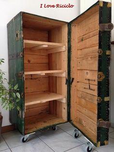 Suitcase Decor - Unusual Home Decor Ideas Woodworking Workbench, Woodworking Workshop, Woodworking Furniture, Woodworking Projects, Woodworking Beginner, Woodworking Organization, Woodworking Joints, Woodworking Patterns, Fine Woodworking