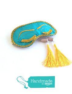Handmade Breakfast at Tiffany's Eyelashes Sleep Mask Tassel Ear Plugs Set Holly Golightly Audrey Hepburn Inspired Bachelorette Party Mask. from Shushbear https://www.amazon.com/dp/B01GZBLNCG/ref=hnd_sw_r_pi_dp_kzWzxbES1N5BN #handmadeatamazon