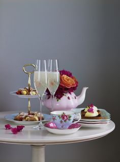 Get a glamorous #tea set for the perfect afternoon tea. #delicious #SS14 #Home