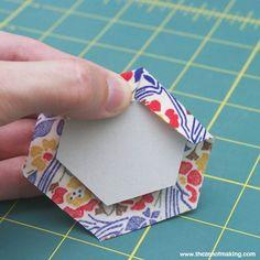 Tutorial: English Paper Piecing, Hexies Part 1 | The Zen of Making