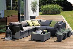 Die 6-teilige Lounge-Elementgruppe Neila von Sunfun bietet Ihnen höchsten Sitzkomfort und Platz für viele Freunde. Mit der Elementgruppe machen Sie Ihren Garten zum gemütlichen Wohnzimmer.