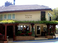 Tickle Pink Inn in Carmel