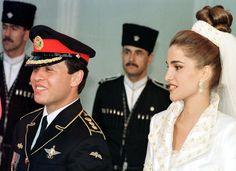 Jordan's King Abdullah and Queen Rania on their wedding day. Love the hair.