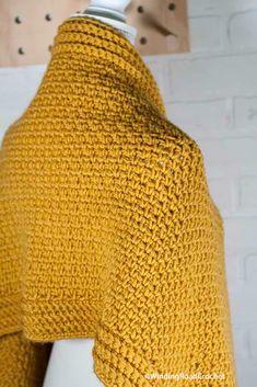 Crochet Shawls And Wraps, Crochet Scarves, Diy Crochet, Crochet Crafts, Crochet Things, Shawl Patterns, Crochet Patterns, Crochet Shrug Pattern Free, Free Pattern