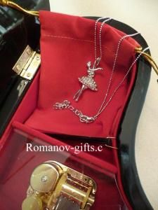 Faberge Style Reproductions at Romanov-Gifts.com