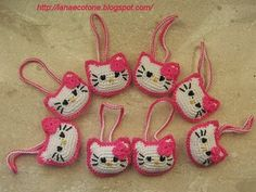Hello Kitty Face Crochet Pattern | Hello Kitty Keychains Patterns