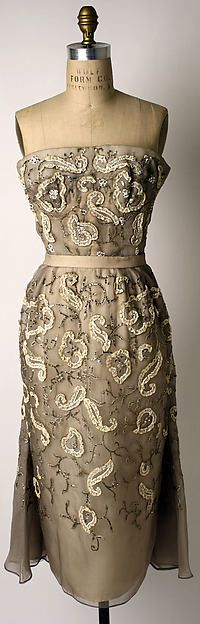 """""""Comedie Légère"""" - Christian Dior strapless sheath dress, embroidered ivory (taupe?) silk - spring/summer 1951"""