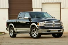 2017 Dodge Ram SRT 1500 Specs, Price and Release Date - For you who think about best vehicle with excellent design, 2017 Dodge Ram SRT 1500 will be one
