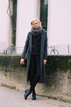 cheerstovogue:  the—one:  themodernexchange:  Paris Fashion Week AW 2013, Alison | Vanessa Jackman  Inspiration?Herex