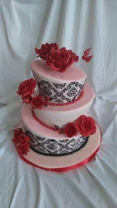Moja prvá krivá/šikmá torta , svadobné torty | Tortyodmamy.sk