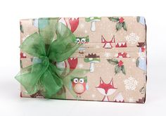 Pleat your paper for perfect presents! This pleated gift box features Woodland Animals rollwrap, tied with green organza ribbon Creative Gift Wrapping, Creative Gifts, Wrapping Ideas, Christmas Themes, Christmas Cards, Gift Packaging, Packaging Ideas, Organza Ribbon, Christmas Gift Wrapping
