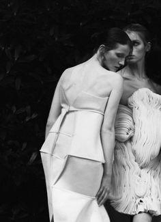 Uta Sienkiewicz, Aleksandra Kucharczyk, Małgorzata Nowakowska | 2014 #fashion #experimental #dress #fashiondesign #fashiondesignschool #aspwarszawa #academyoffinearts #katedramody #fashiondepartment #fashiondesign #warsaw