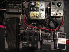 Dion / A Place To Bury Strangers bass pedal board
