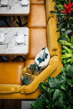 Architecture Restaurant, Restaurant Interior Design, Booth Seating, Banquette Seating, Restaurant Seating, Cafe Restaurant, Muebles Art Deco, Fabric Ceiling, Restaurants