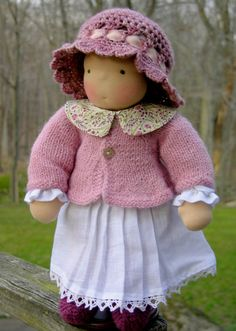 Love the outfit on this doll.
