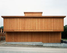 subtilitas:  Proplaning - Wooden housing on the site of a former silk mill,Arlesheim 1999. Photos ©Naas & Bisig.