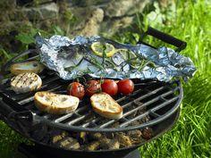 Gegrillte Dorade ist ein Rezept mit frischen Zutaten aus der Kategorie Fisch. Probieren Sie dieses und weitere Rezepte von EAT SMARTER!